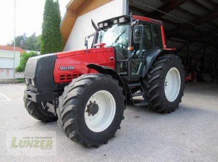 Traktor des Typs Valtra 8150 Hi Tech, Gebrauchtmaschine in Kaumberg (Bild 1)