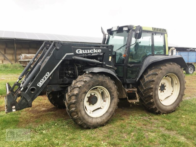 Traktor типа Valtra 8400 mit Frontlader Quicke Q 970, Gebrauchtmaschine в Karstädt (Фотография 1)