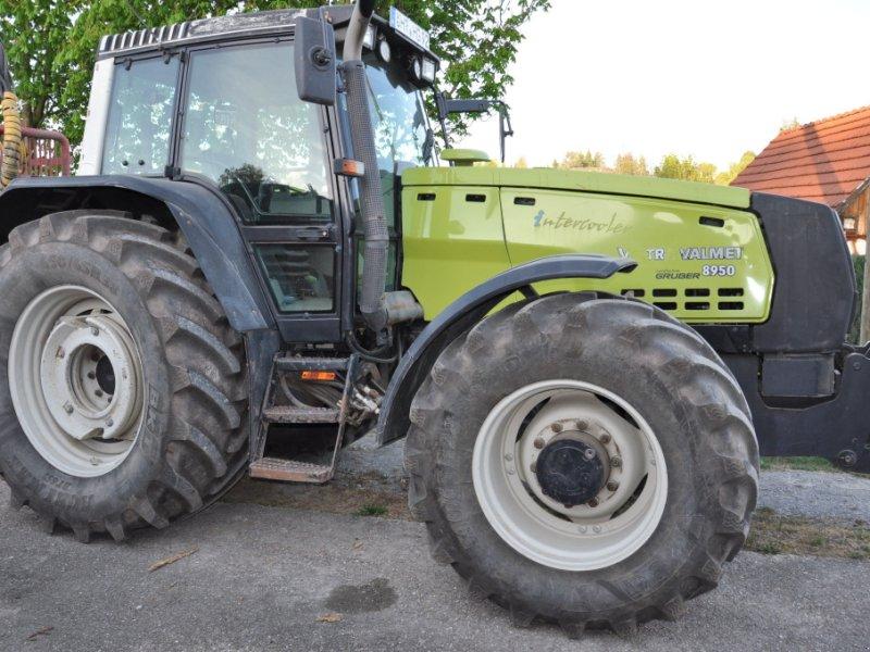Traktor des Typs Valtra 8950 intercooler, Gebrauchtmaschine in Öhringen (Bild 2)