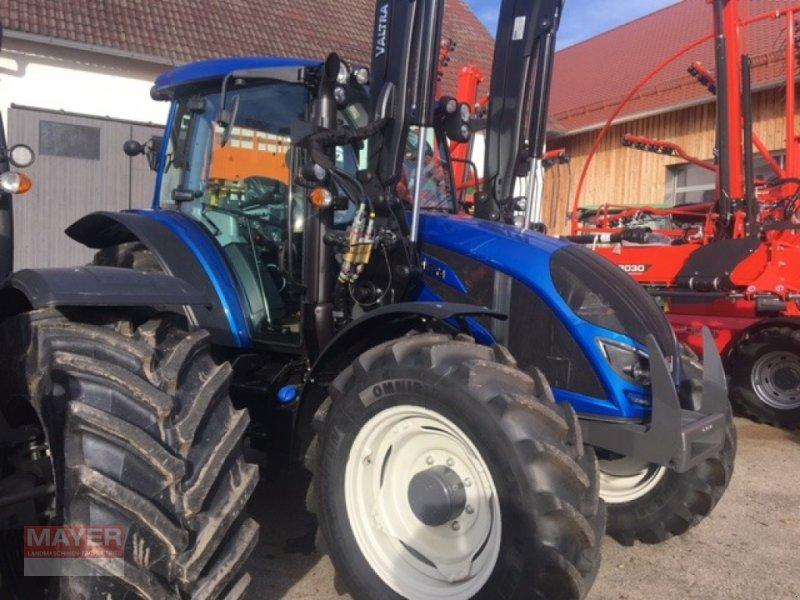 Traktor des Typs Valtra A 104 H LS, Neumaschine in Unterroth (Bild 1)