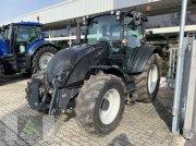 Traktor des Typs Valtra A 104, Vorführmaschine in Markt Hartmannsdorf