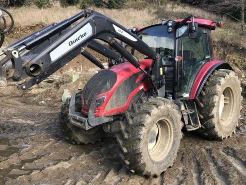 Traktor des Typs Valtra A 104, Gebrauchtmaschine in Revel (Bild 1)