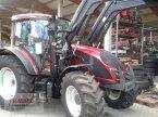 Traktor des Typs Valtra A 114 H4 mit FL in Mainburg/Wambach