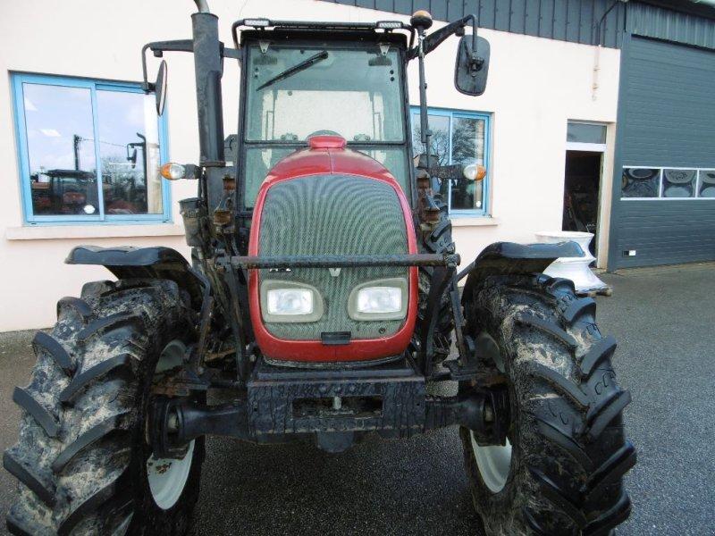 Traktor des Typs Valtra A 72, Gebrauchtmaschine in Chateauneuf du faou (Bild 3)