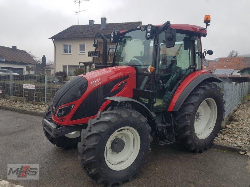 Traktor des Typs Valtra A 84, Gebrauchtmaschine in Engen (Bild 1)