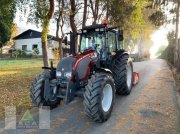 Valtra A 93H Traktor