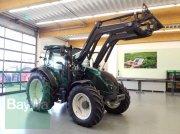 Valtra A104 F2 Traktor