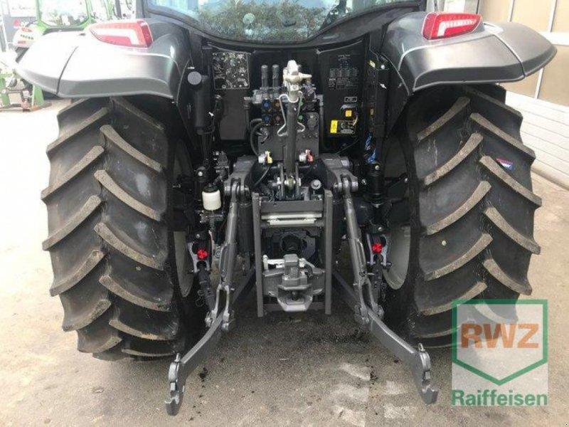 Traktor des Typs Valtra A104 H4, Vorführmaschine in Prüm (Bild 9)