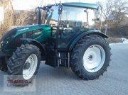 Traktor типа Valtra A104, Gebrauchtmaschine в Mainburg/Wambach