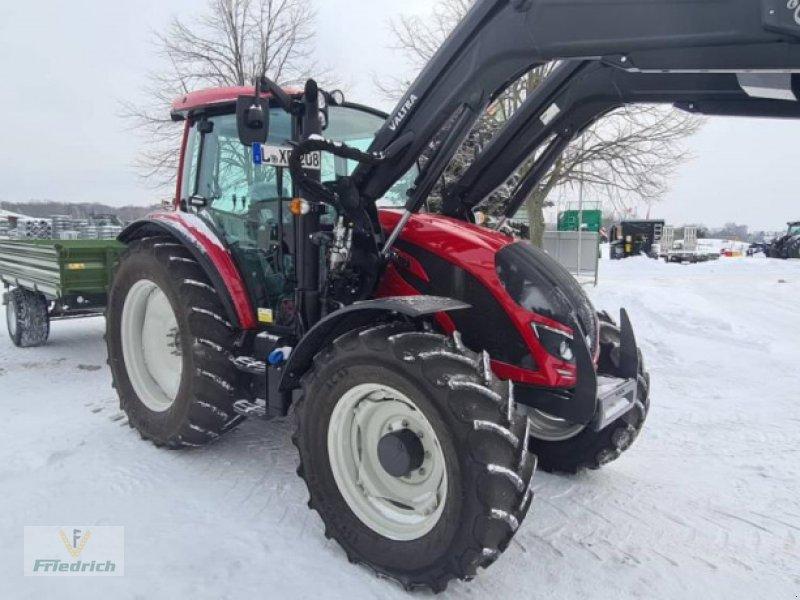 Traktor des Typs Valtra A104MH, Gebrauchtmaschine in Bad Lausick (Bild 1)