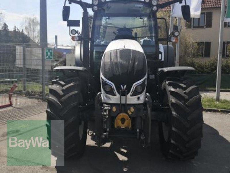 Traktor του τύπου Valtra A104MH4 1A8  VALTRA TRAKTOR, Neumaschine σε Eutingen (Φωτογραφία 3)