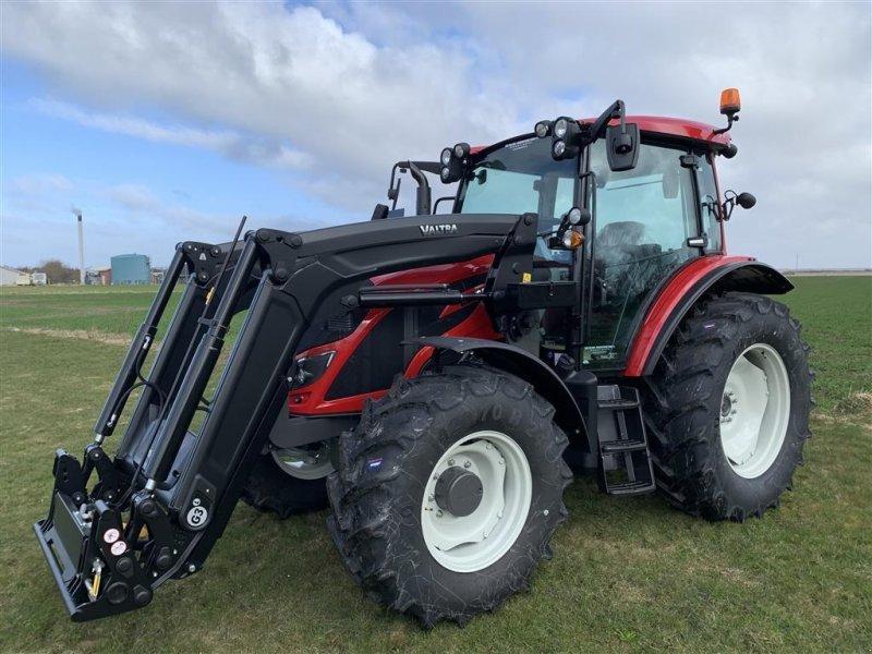 Traktor типа Valtra A114 H4, Gebrauchtmaschine в Ringkøbing (Фотография 1)