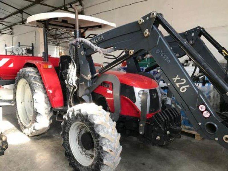 Traktor des Typs Valtra A73, Gebrauchtmaschine in Revel (Bild 1)