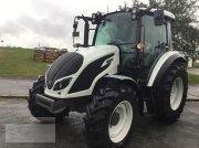 Valtra A74 High Tech Traktor