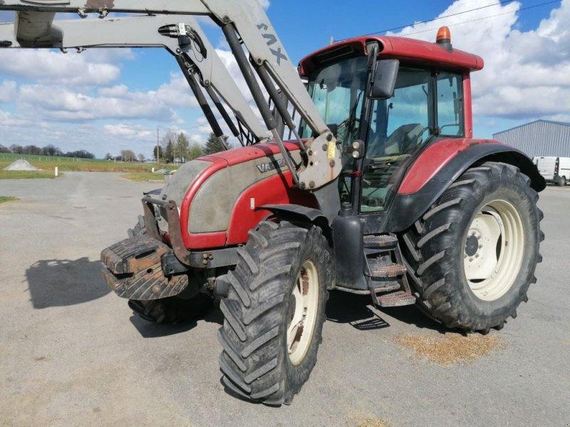 Traktor типа Valtra C100, Gebrauchtmaschine в Le Horps (Фотография 1)