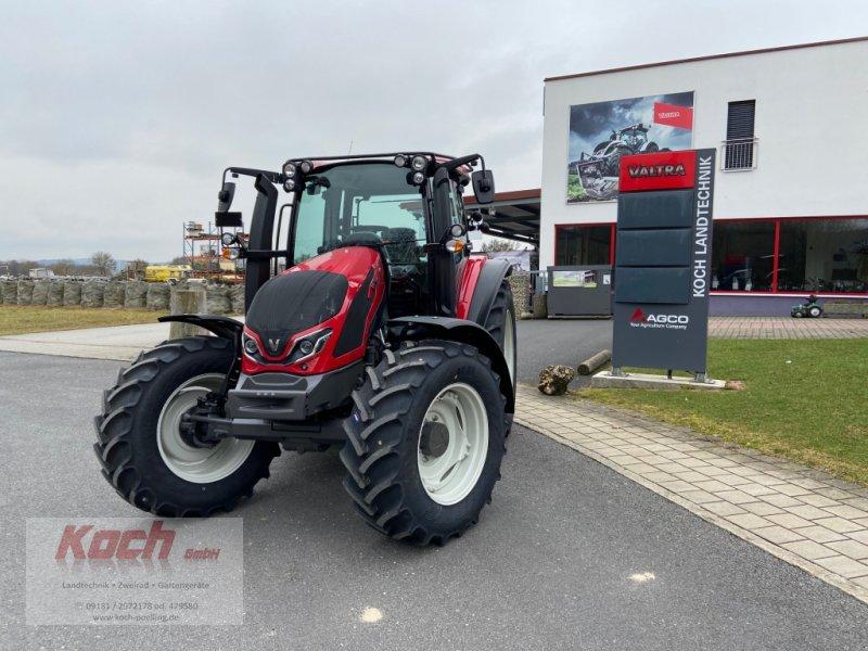 Traktor des Typs Valtra G 105 H, Neumaschine in Neumarkt / Pölling (Bild 1)