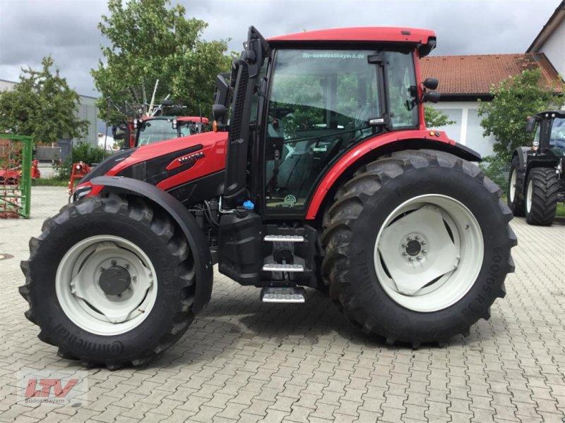Traktor des Typs Valtra G 115 A 1B9, Neumaschine in Eggenfelden (Bild 1)