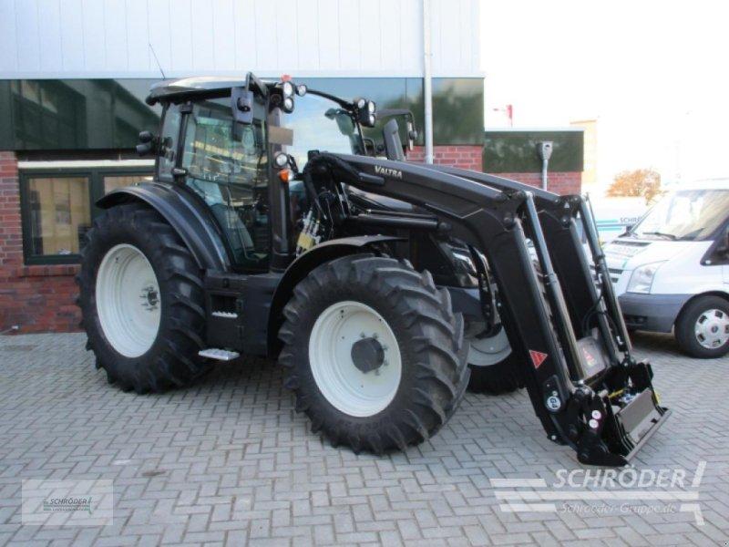 Traktor of the type Valtra G 115 A, Gebrauchtmaschine in Scharrel (Picture 1)