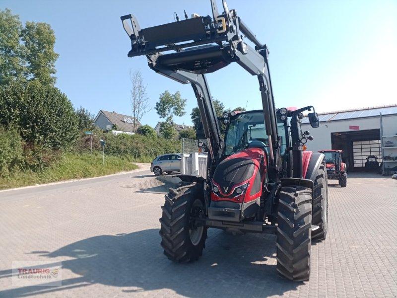 Traktor des Typs Valtra G 115 Activ, Neumaschine in Mainburg/Wambach (Bild 1)