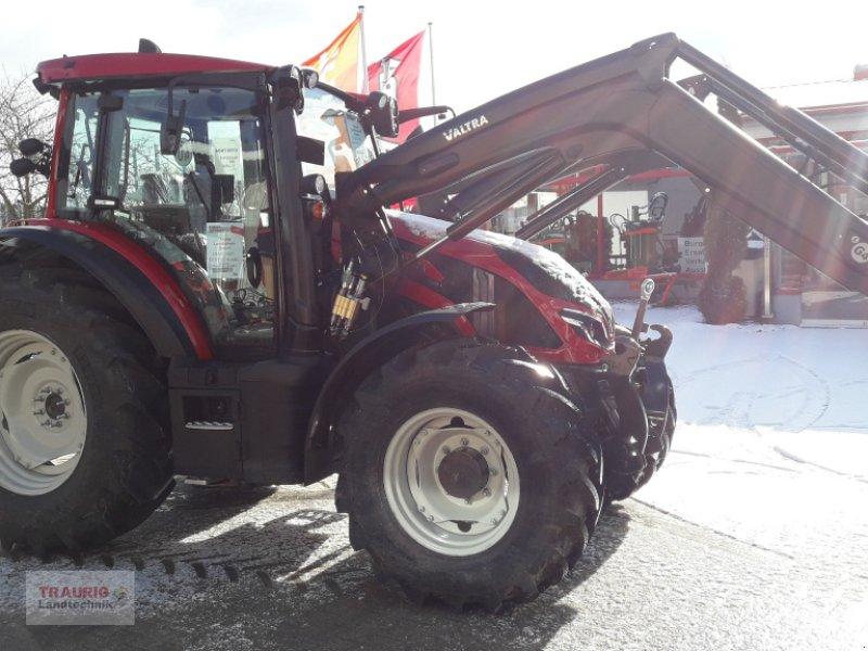 Traktor des Typs Valtra G 115 Versu mit FL, Neumaschine in Mainburg/Wambach (Bild 1)