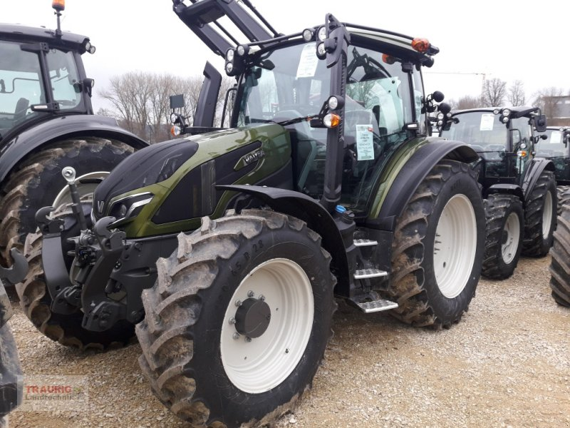 Traktor типа Valtra G 125 A, Neumaschine в Mainburg/Wambach (Фотография 1)
