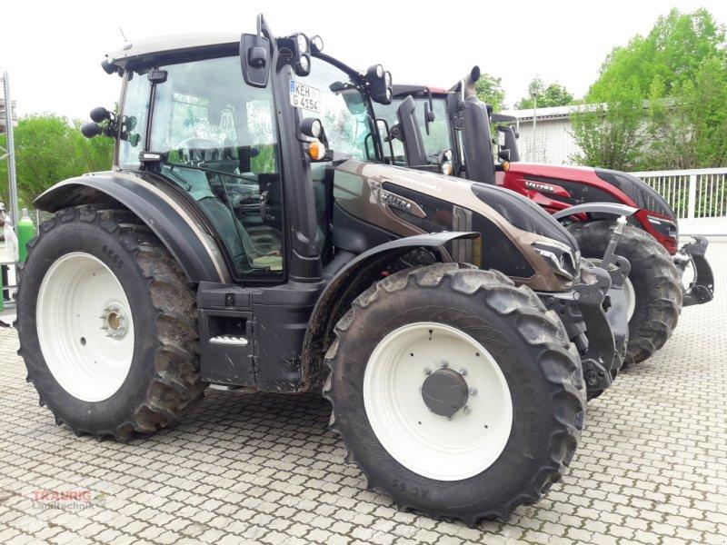 Traktor типа Valtra G 125 Aktiv, Neumaschine в Mainburg/Wambach (Фотография 1)