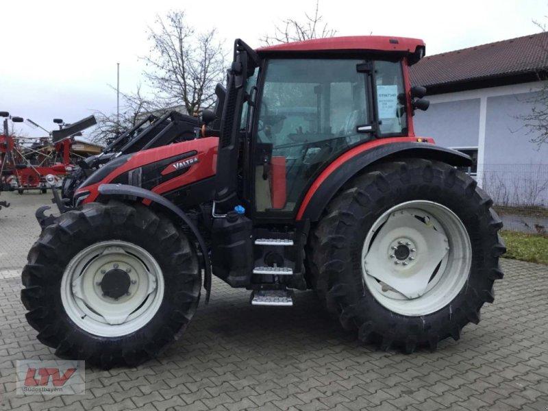 Traktor des Typs Valtra G 125eH 1B9, Neumaschine in Eggenfelden (Bild 1)