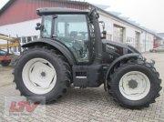 Traktor des Typs Valtra G 135 V 1B9, Neumaschine in Eggenfelden