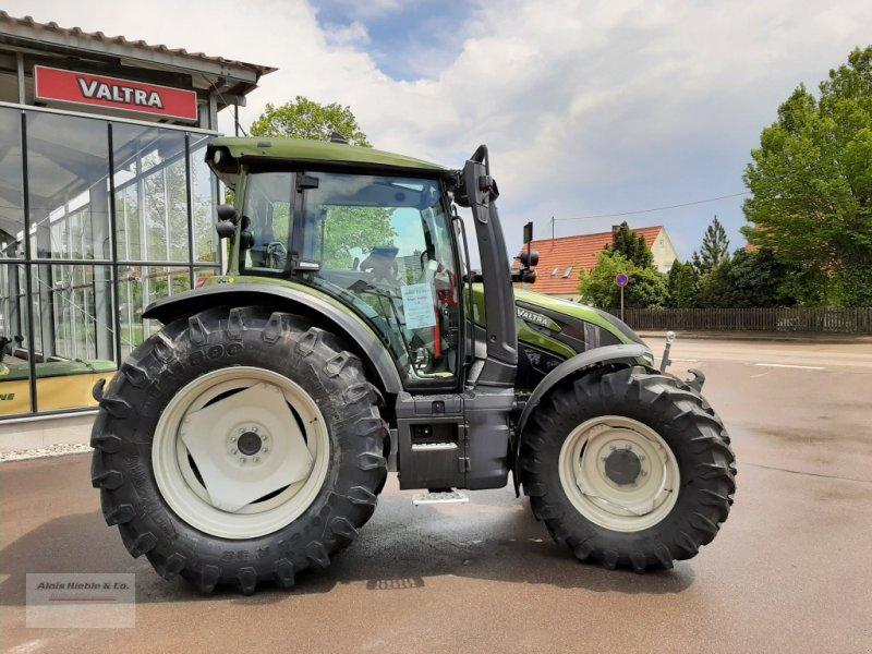 Traktor a típus Valtra G 135 Versu, Neumaschine ekkor: Tapfheim (Kép 1)