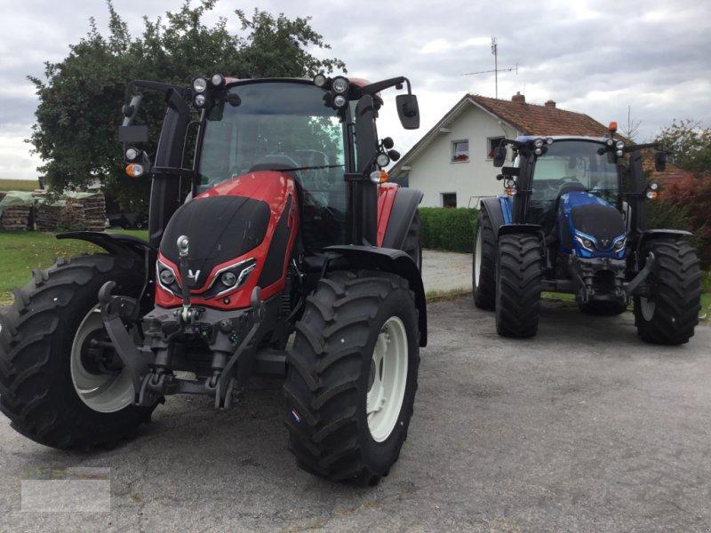 Traktor des Typs Valtra G105HiTech, Neumaschine in Fürsteneck (Bild 1)