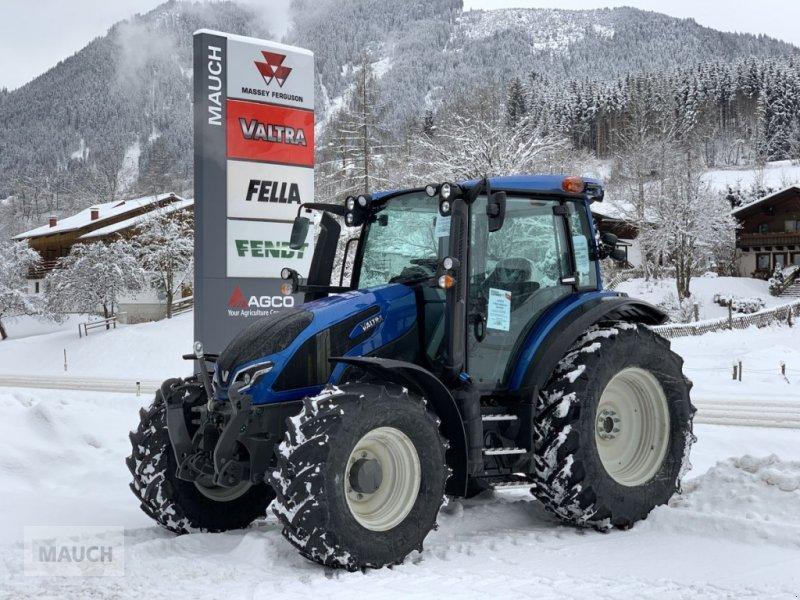 Traktor des Typs Valtra G125 EA Stufe V, Neumaschine in Eben (Bild 1)