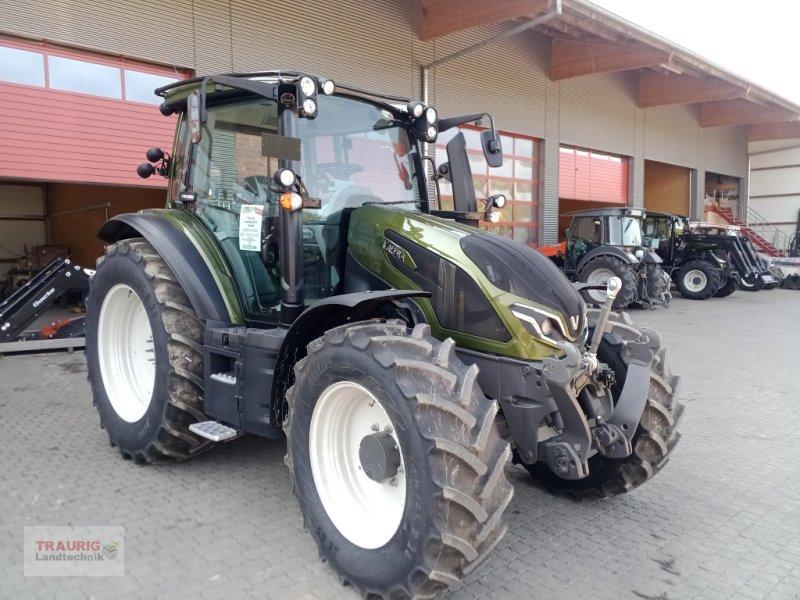 Traktor des Typs Valtra G125A, Neumaschine in Mainburg/Wambach (Bild 1)