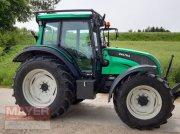 Traktor типа Valtra N 101 High Tec, Gebrauchtmaschine в Unterroth