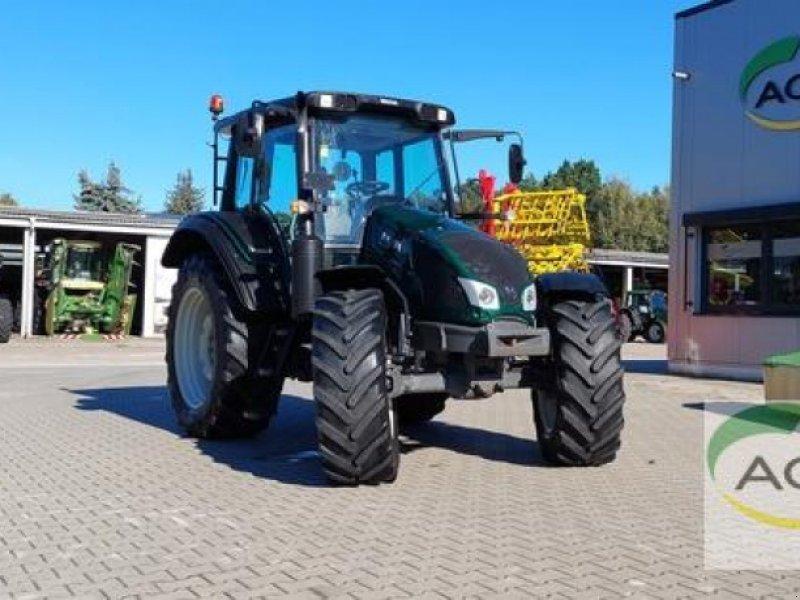Traktor des Typs Valtra N 103 H3 HITECH, Gebrauchtmaschine in Stendal / Borstel (Bild 1)
