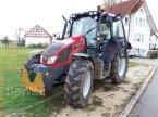 Traktor des Typs Valtra N 103 H3 in Balingen