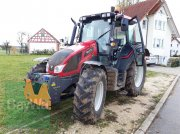 Valtra N 103 H3 Traktor