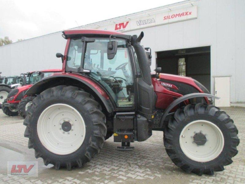 Traktor des Typs Valtra N 104 H 5 1B7 Rüfa, Neumaschine in Eggenfelden (Bild 1)
