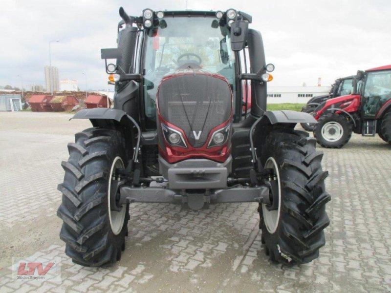 Traktor des Typs Valtra N 104 H 5 1B7 Rüfa, Neumaschine in Eggenfelden (Bild 6)