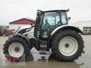 Valtra N 104 H 5 1B7 Traktor