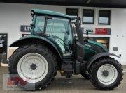 Traktor des Typs Valtra N 104 H 5 1B7, Neumaschine in Eggenfelden