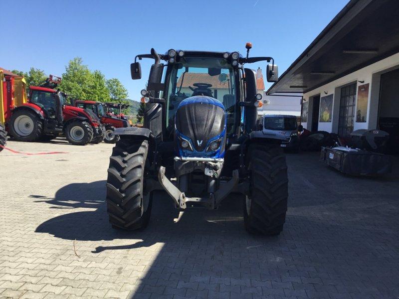 Traktor des Typs Valtra N 104 H, Gebrauchtmaschine in Deggendorf (Bild 3)