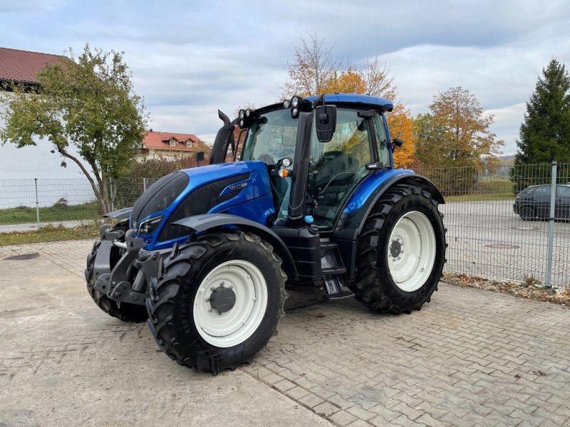 Traktor des Typs Valtra N 104 H, Gebrauchtmaschine in Deggendorf (Bild 1)