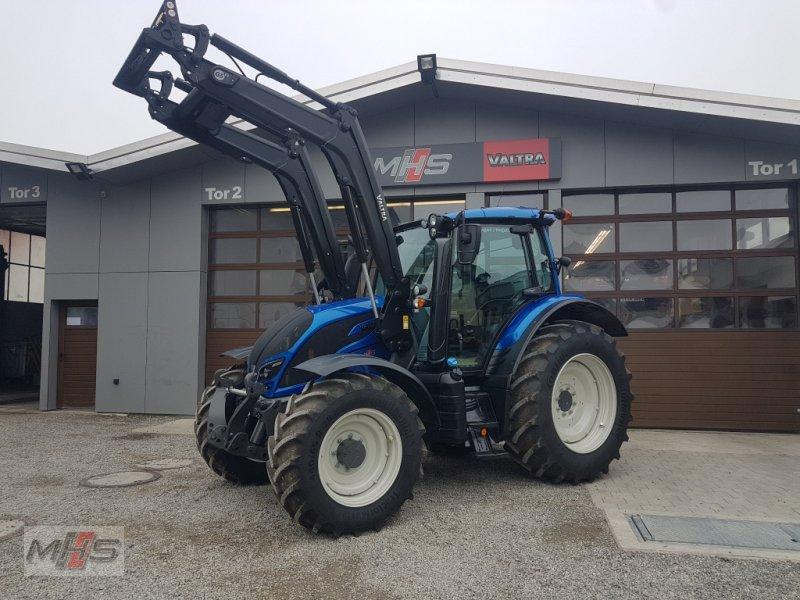 Traktor des Typs Valtra N 104, Gebrauchtmaschine in Engen (Bild 1)