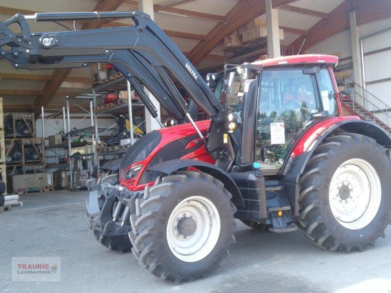 Traktor des Typs Valtra N 104H5 mit Fl, Neumaschine in Mainburg/Wambach (Bild 1)