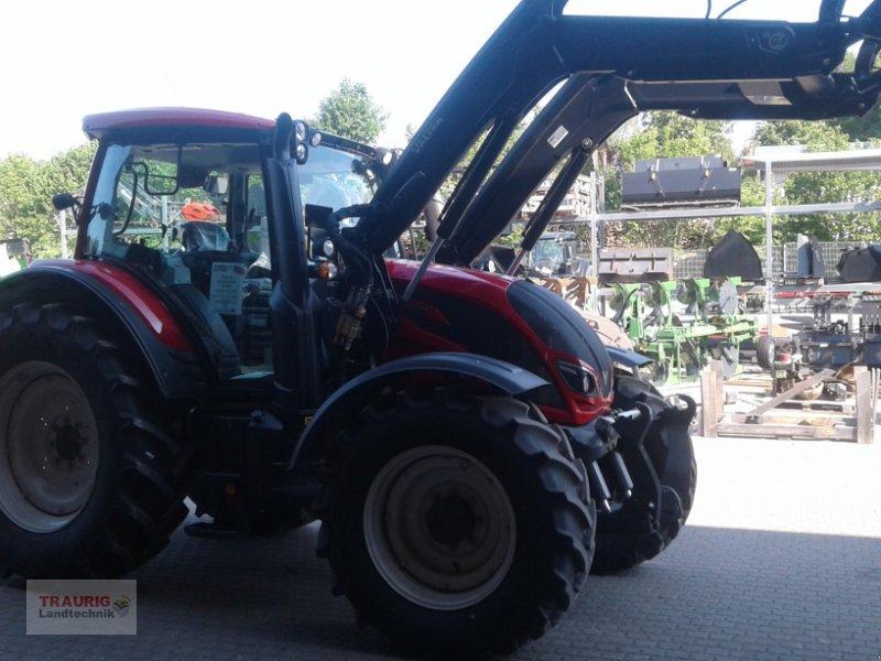 Traktor des Typs Valtra N 104H5 mit Fl, Neumaschine in Mainburg/Wambach (Bild 7)
