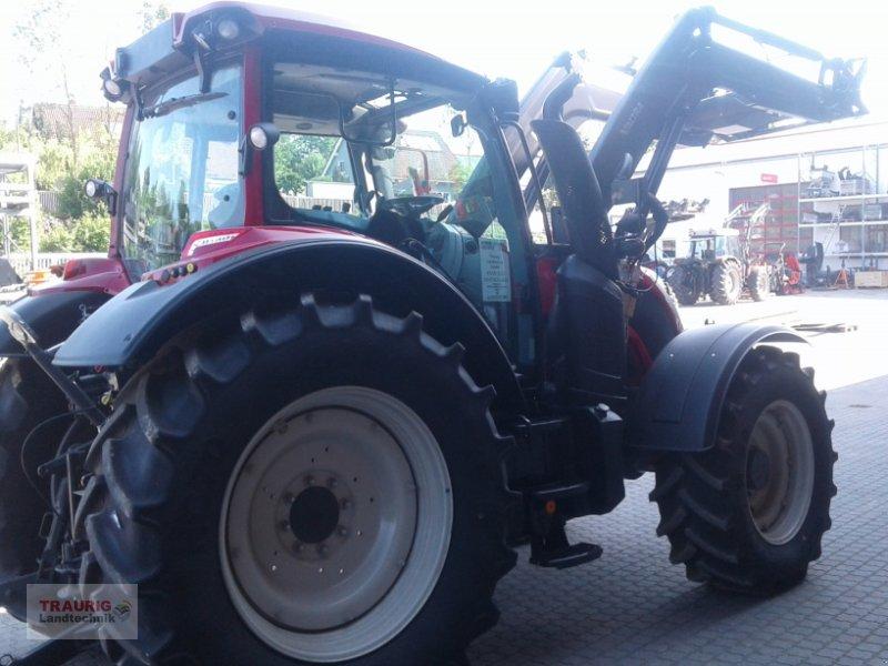Traktor des Typs Valtra N 104H5 mit Fl, Neumaschine in Mainburg/Wambach (Bild 8)