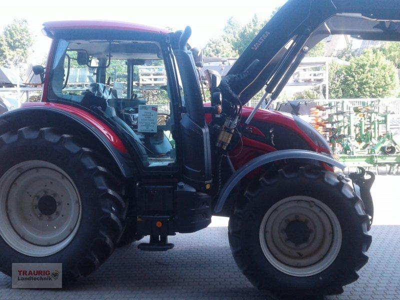 Traktor des Typs Valtra N 104H5 mit Fl, Neumaschine in Mainburg/Wambach (Bild 12)
