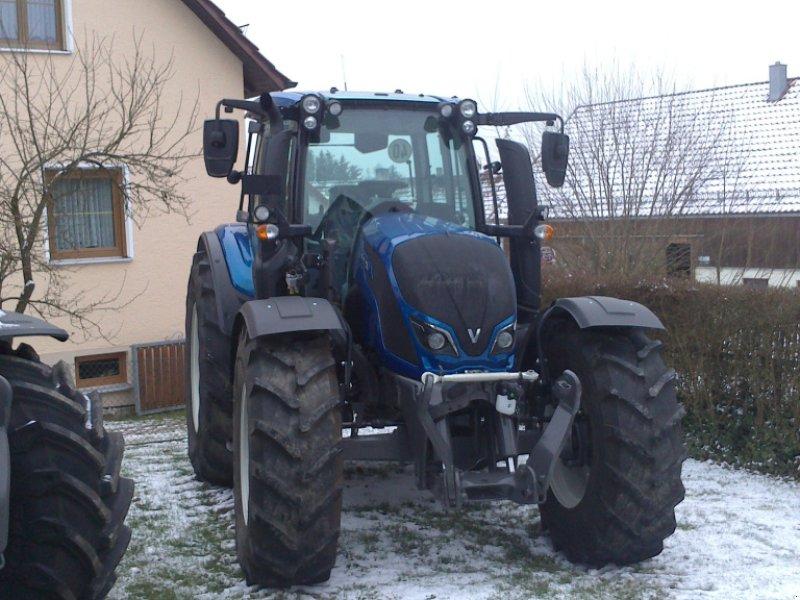 Traktor des Typs Valtra N 114 EH, Neumaschine in Bodenwöhr/ Taxöldern (Bild 1)