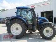 Traktor des Typs Valtra N 114e H 1B7, Neumaschine in Eggenfelden