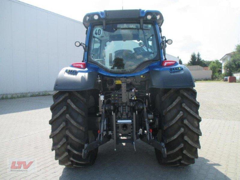 Traktor des Typs Valtra N 114e H 1B7, Neumaschine in Eggenfelden (Bild 6)